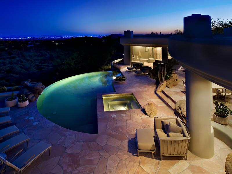 gorgeous-desert-mountain-retreat-with-two-bedroom-guest-house-and-amazing-pool-1