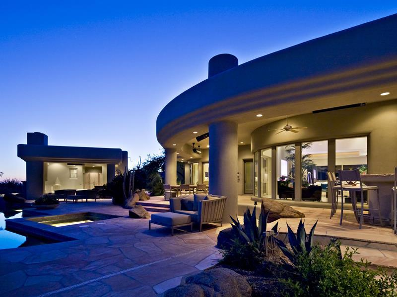 gorgeous-desert-mountain-retreat-with-two-bedroom-guest-house-and-amazing-pool-5