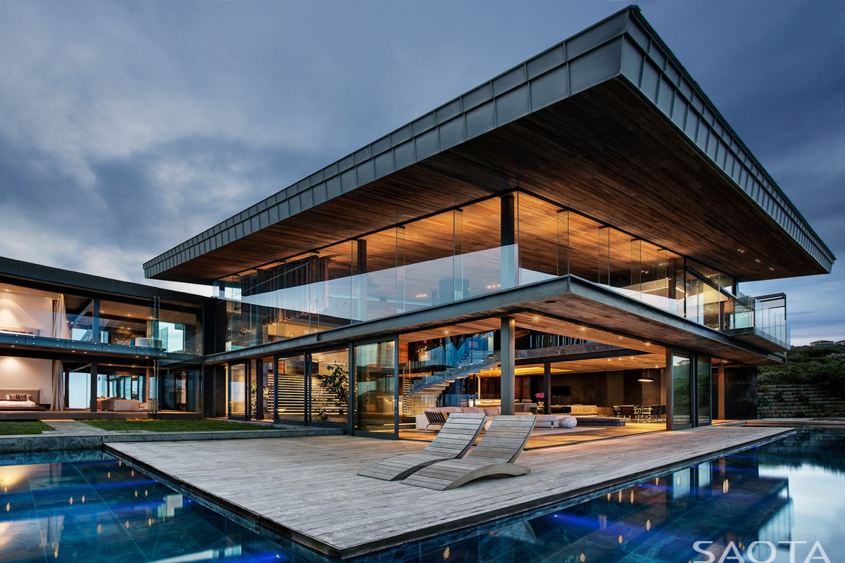 gorgeous-family-home-in-south-africa-features-majestic-ocean-views-1