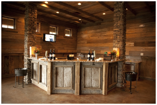diy rustic bar.  Rustic Bar