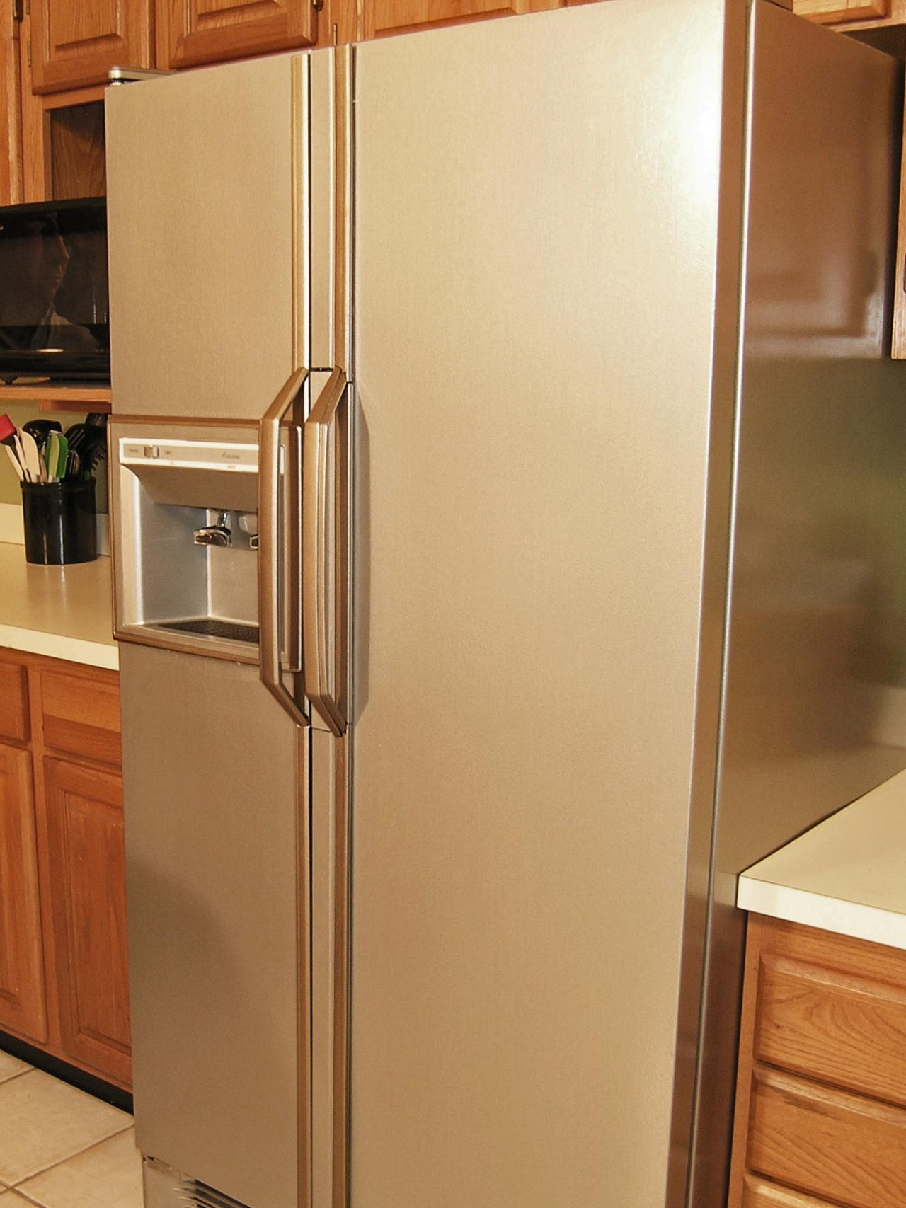 CI-Liquid-Stainless-Steel_Painted-Refrigerator-after_s3x4.jpg.rend.hgtvcom.1280.1707