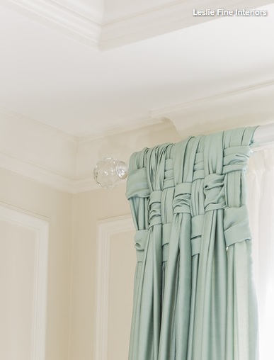 Draping the curtains in a basket style