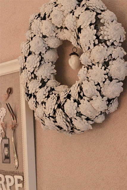 Home decorations with pinecones