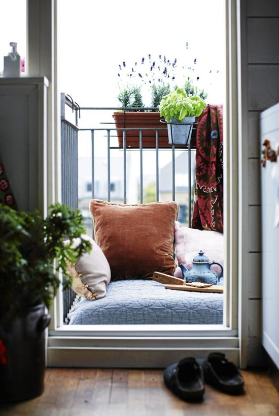Great Small Balcony Ideas To Be Inspired